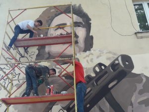 Портрет Героя Советского Союза Хаджимурзы Мильдзихова украсил одно из зданий Владикавказа