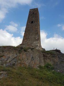 В Куртатинском ущелье завершились работы по укреплению основания башни Курта и Тага