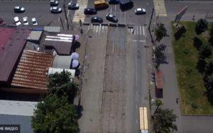 Новые рельсы на старом маршруте: во Владикавказе ремонтируют трамвайный путь на пр. Коста