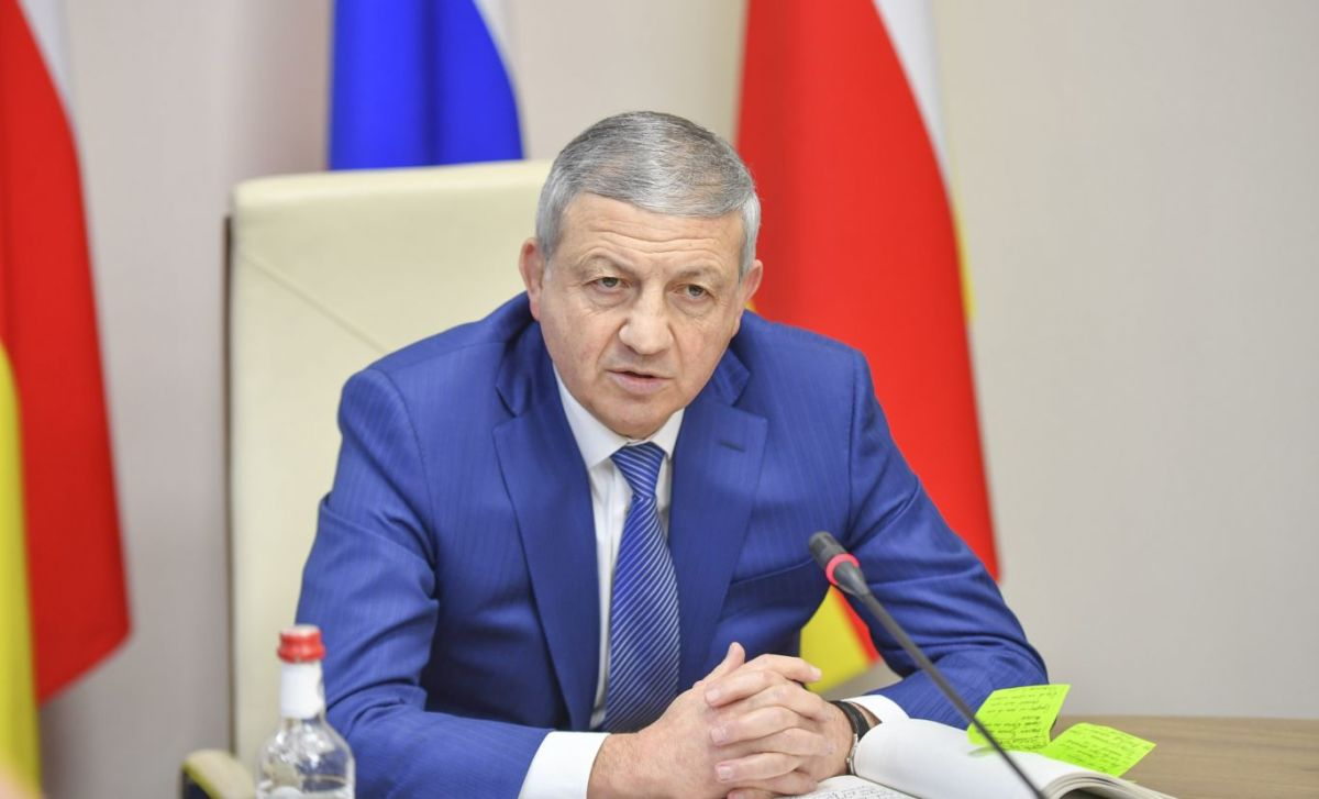 Люди, которые воруют у детей-сирот, должны сидеть в тюрьме — Вячеслав Битаров