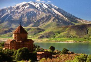 От фруктов до автомобилей: чего лишится Северная Осетия при вступлении Армении в НАТО