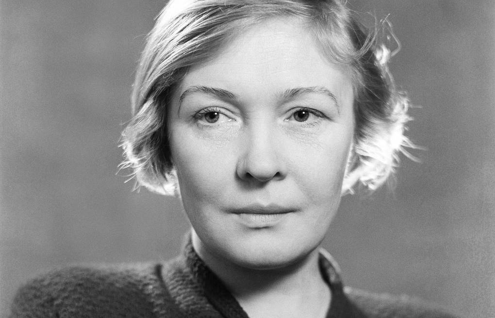 «Никто не забыт, ничто не забыто»: в этот день родилась известная поэтесса Ольга Берггольц