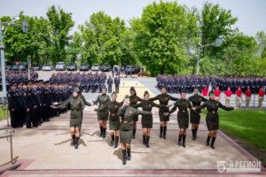 Более 300 человек приняли участие в парадных расчетах в честь празднования Великой Победы