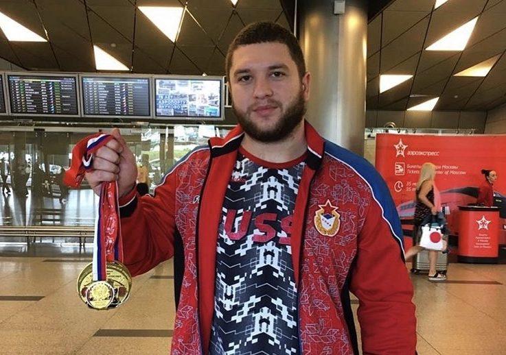Тимур Наниев – чемпион России по тяжелой атлетике