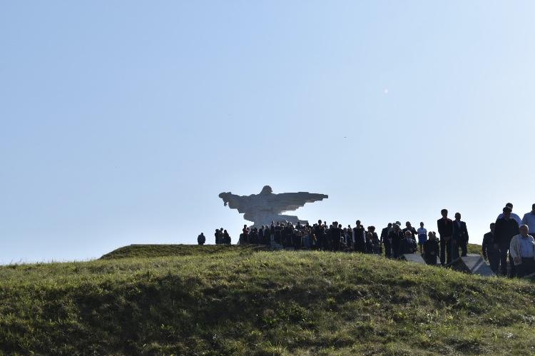 В Северной Осетии почтили  память жертв при сходе ледника Колка