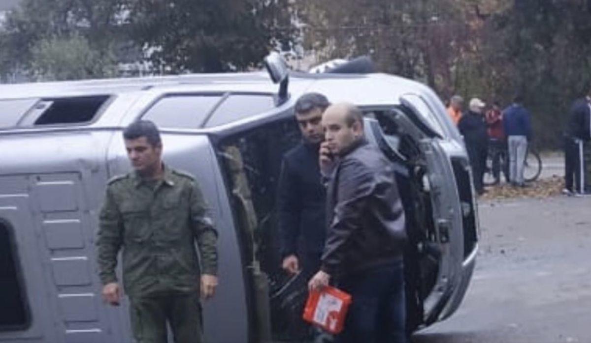 Во Владикавказе перевернулась пассажирская маршрутка