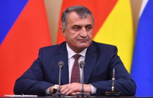 Анатолий Бибилов: год у руля Южной Осетии