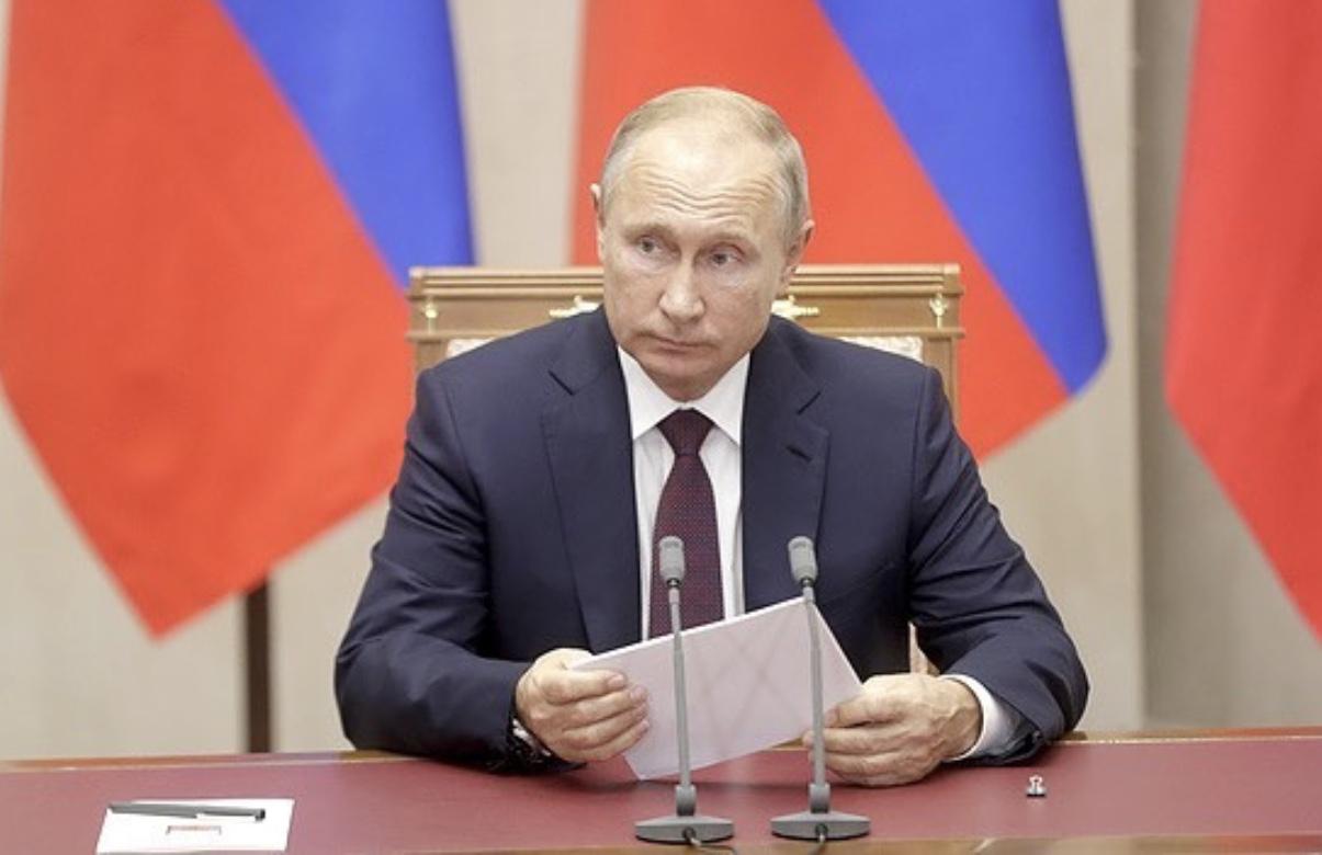 Владимир Путин – Заурбеку Сидакову: ваша победа приумножила традиции отечественной школы борьбы