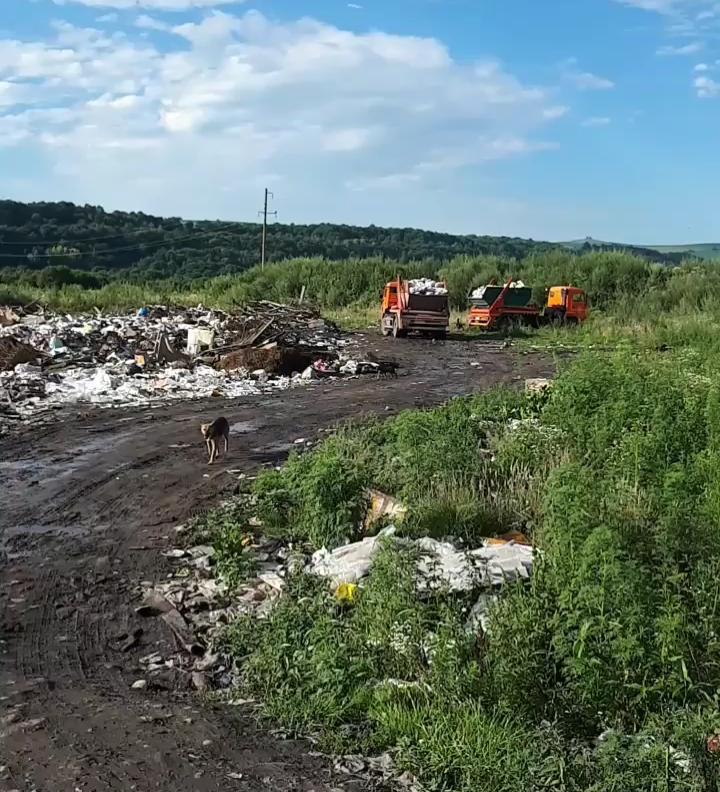 Глас народа: жители Хазнидона жалуются на свалку
