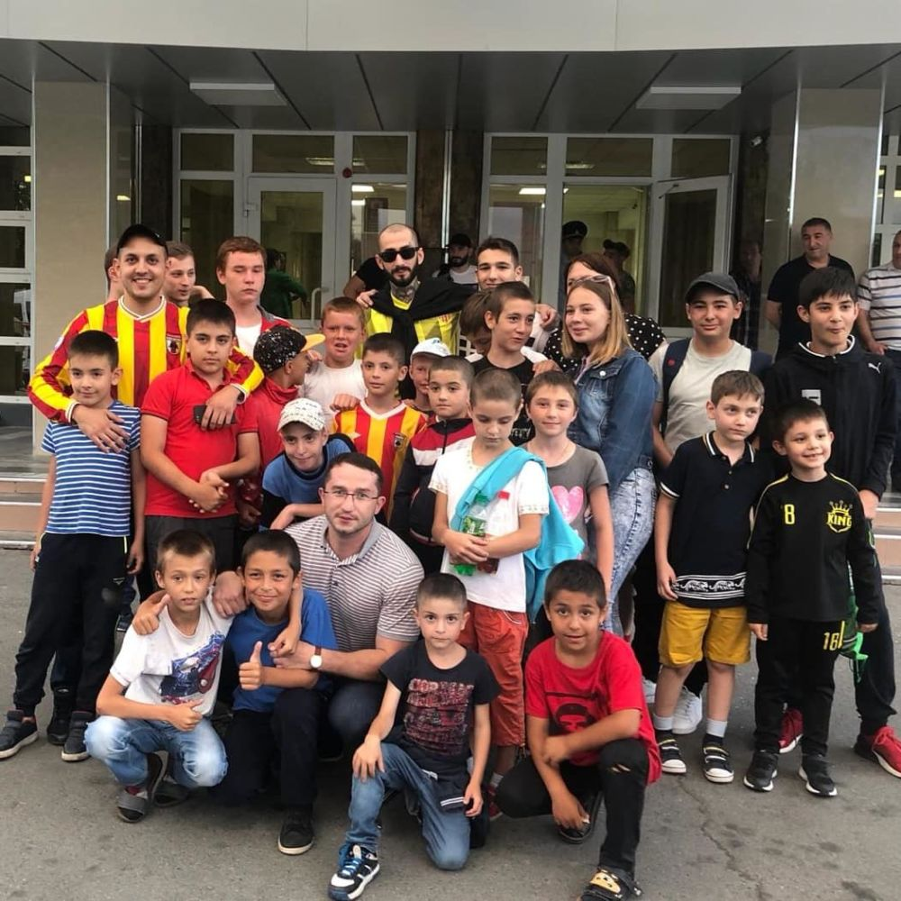 Воспитанники реабилитационного центра «Доброе сердце» посетили матч «Алании Владикавказ»