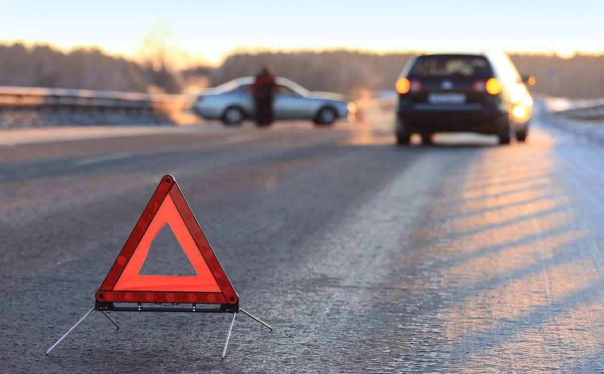 Во Владикавказе автомобиль сбил двух человек