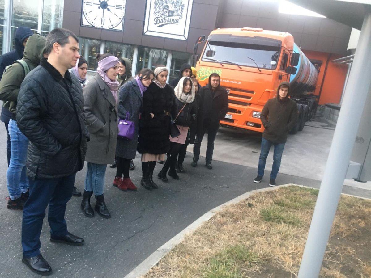 Студенты и ординаторы СОГМА посетили компанию «Бавария» и колбасный цех компании «Деликат»