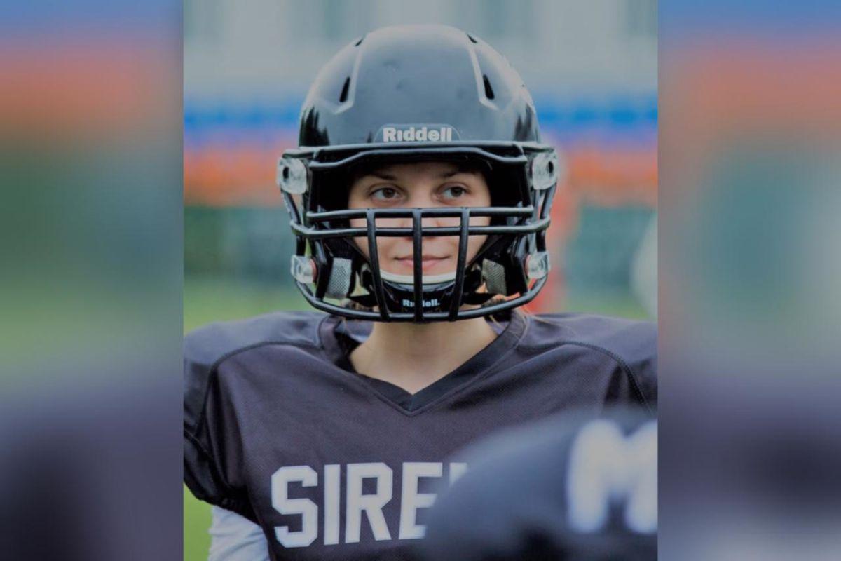Где только наших нет: 24-летняя осетинка успешно занимается американским футболом в Москве