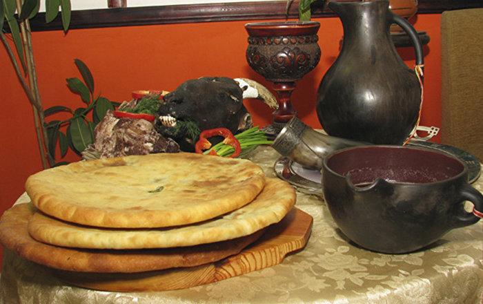 Жители Осетии празднуют Бынаты хицауы æхсæв