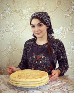 Пока все дома: осетинские пироги от Кристины Дудаевой