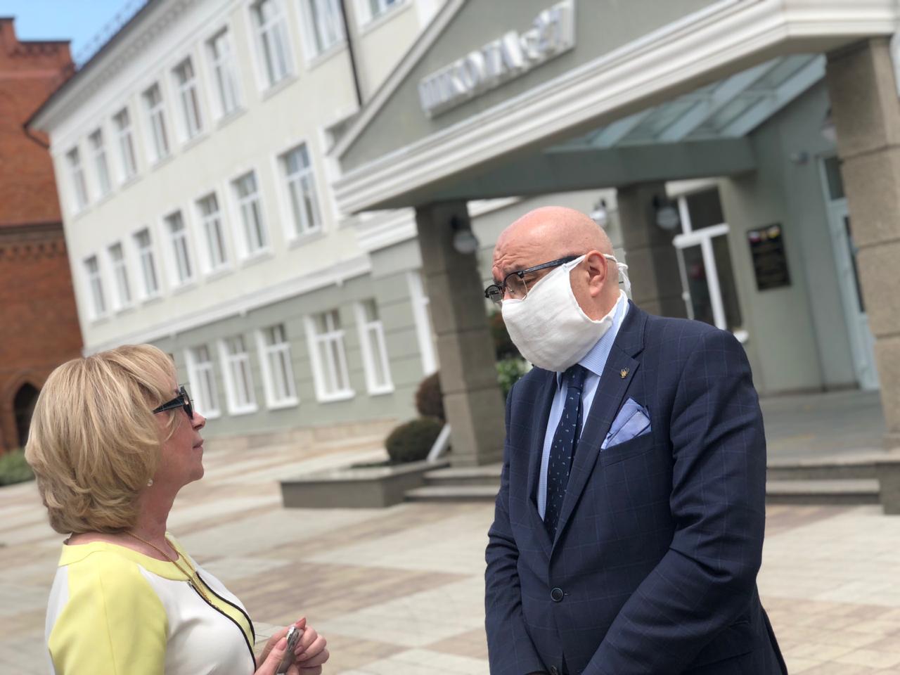 Главный санитарный врач Северной Осетии проверил избирательные участки