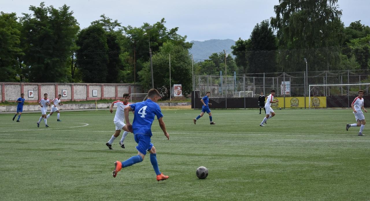 В Северной Осетии продолжается конкурсный отбор в академию футбола «Алания»