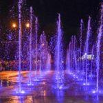 «Мелодия воды» зазвучала во Владикавказе: на Площади Свободы запустили светомузыкальный фонтан