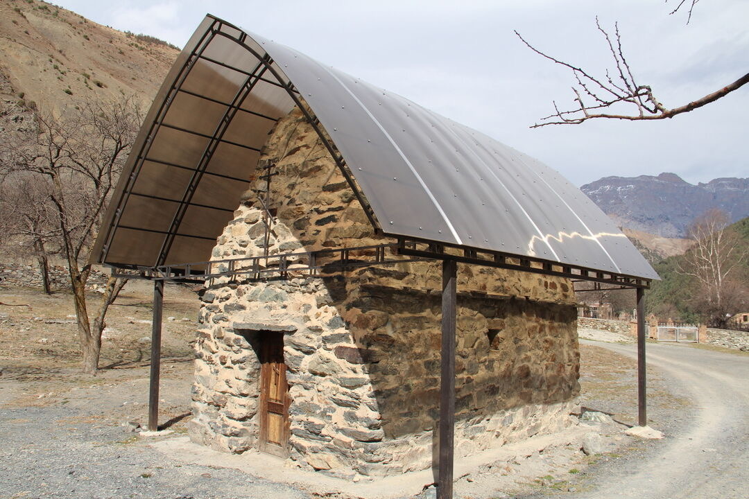 Археологические работы на территории Нузальской часовни являются законными – комитет по охране и использованию объектов культурного наследия