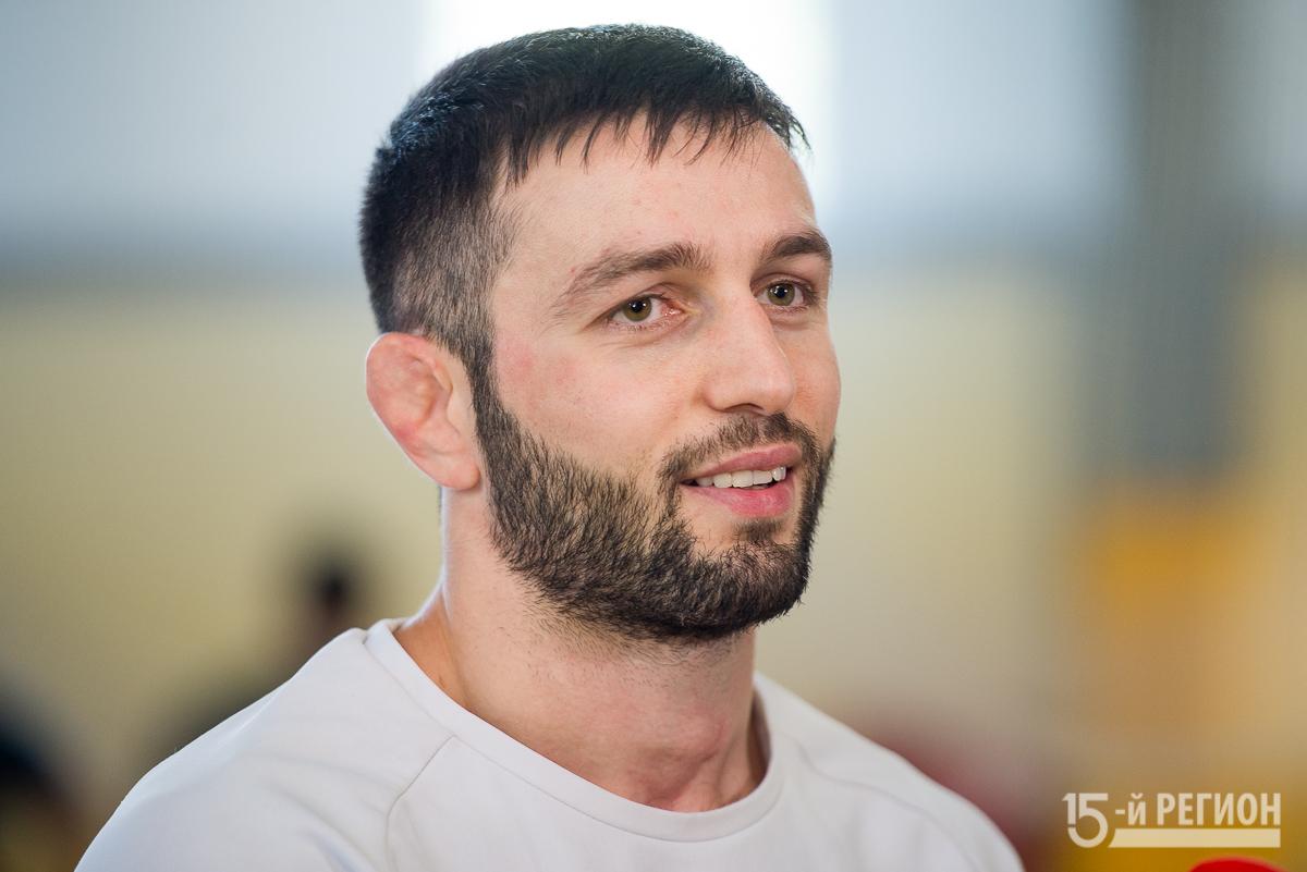Надо готовиться к каждой схватке и каждого выигрывать – Сослан Рамонов о предстоящем чемпионате России