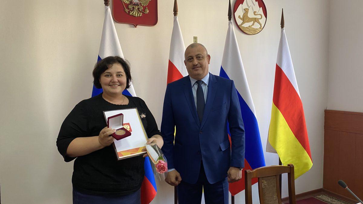 В Моздоке наградили волонтеров акции «Мы вместе»