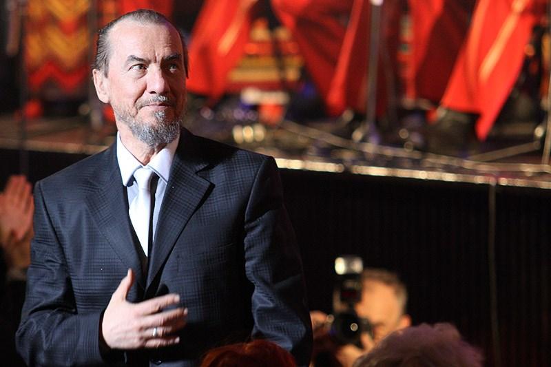 Владимир Путин присвоил звание Героя Труда заслуженному артисту Южной Осетии
