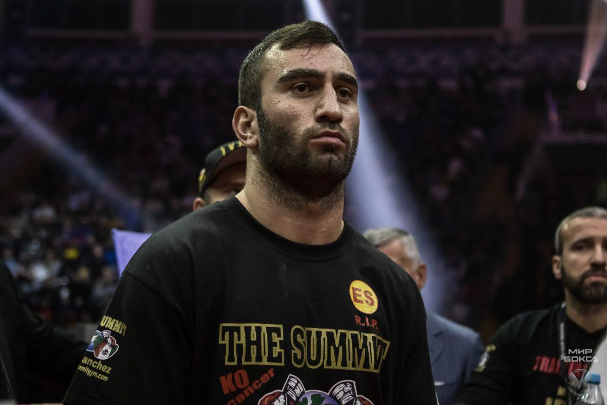 У боксера Мурата Гассиева вновь сменился соперник