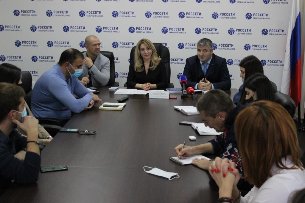 Задолженность потребителей перед филиалом «Россети Северный Кавказ» – «Севкавказэнерго» составляет около 900 млн рублей