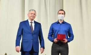 В Северной Осетии вручили государственные награды представителям различных сфер деятельности