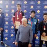 Осетинские спортсмены завоевали три «золота» на первенстве СКФО по греко-римской борьбе