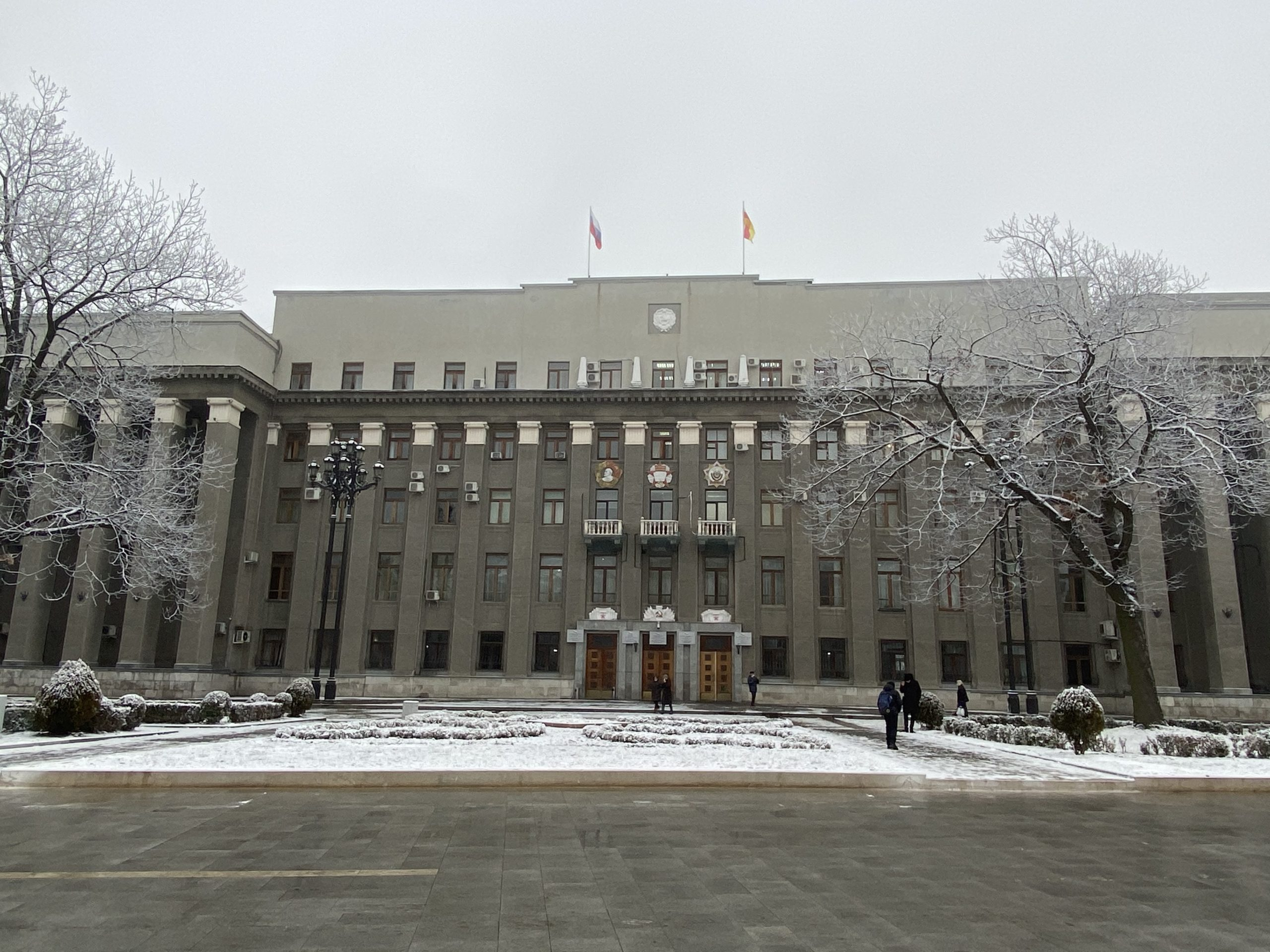 В правительстве Северной Осетии продлили полномочия 3 замминистров