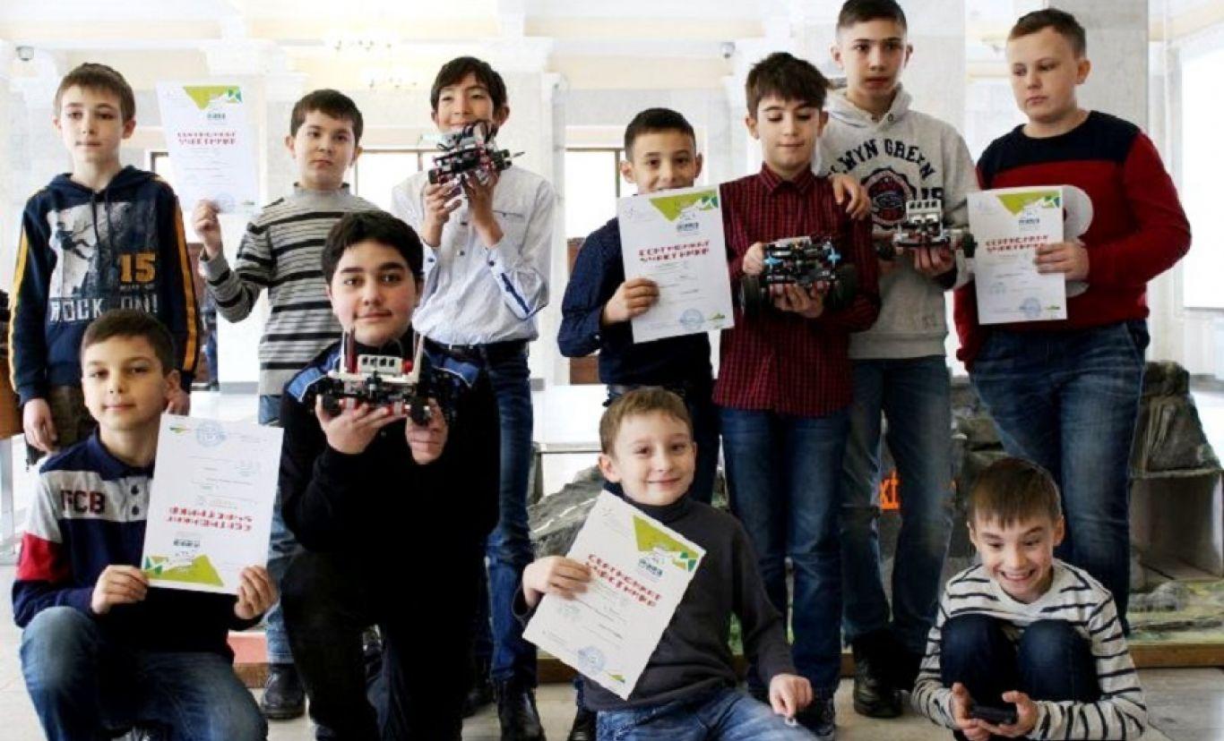 В школах Северной Осетии работают кружки робототехники по нацпроекту «Образование»
