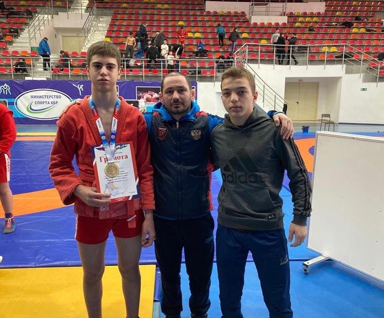 Самбисты из Северной Осетии успешно выступили на первенстве СКФО