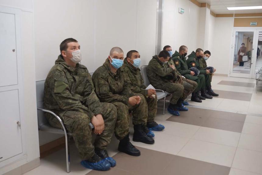 Во Владикавказе от COVID-19 вакцинированы участники парада Победы