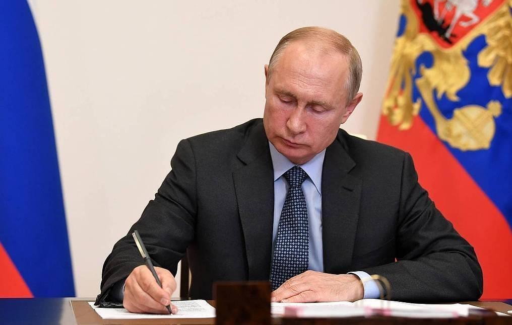 Владимир Путин подписал указ о весеннем призыве в армию