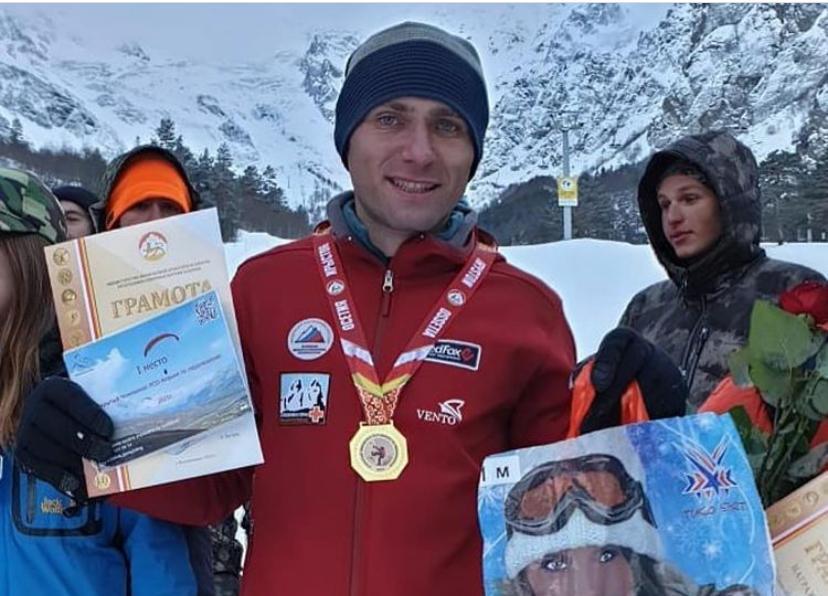 В Северной Осетии прошел открытый чемпионат по ледолазанию