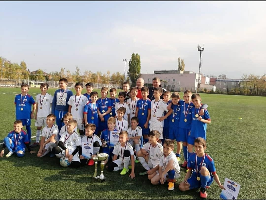 Во Владикавказе завершился футбольный турнир, посвященный 45-летию «Юности»
