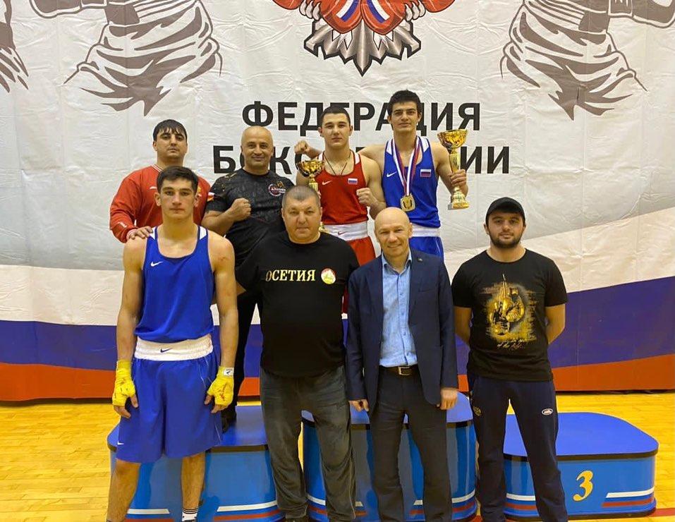 Гурам Гагиев и Вадим Дзугаев выиграли первенство России по боксу