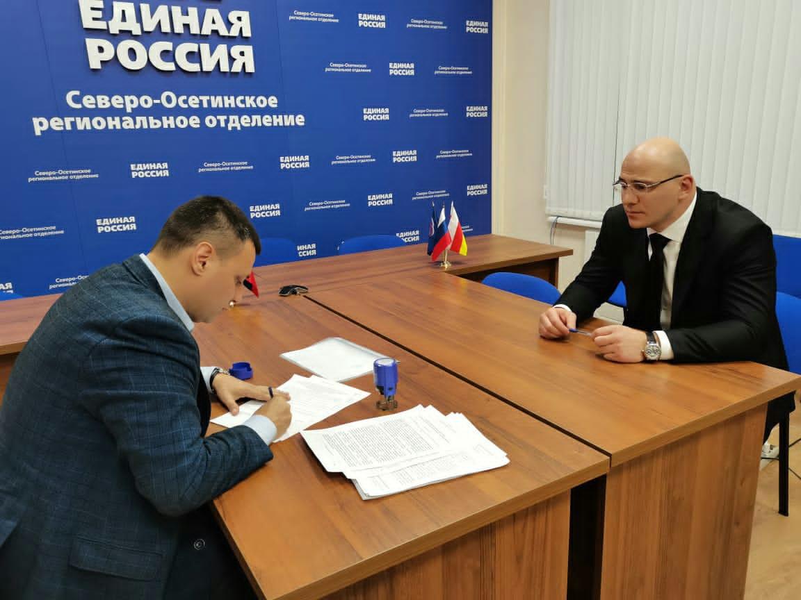 Артур Таймазов подал заявление на участие в предварительном голосовании «Единой России»
