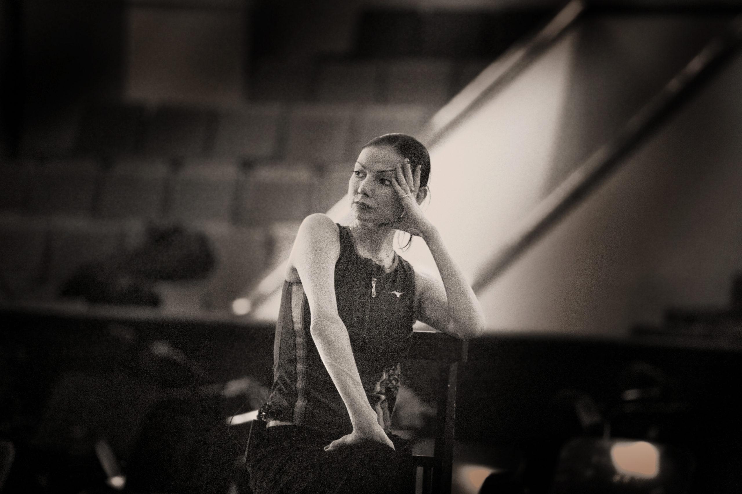 Прима-балерина Мариинского театра Юлия Махалина проводит мастер-классы в Республиканском лицее искусств