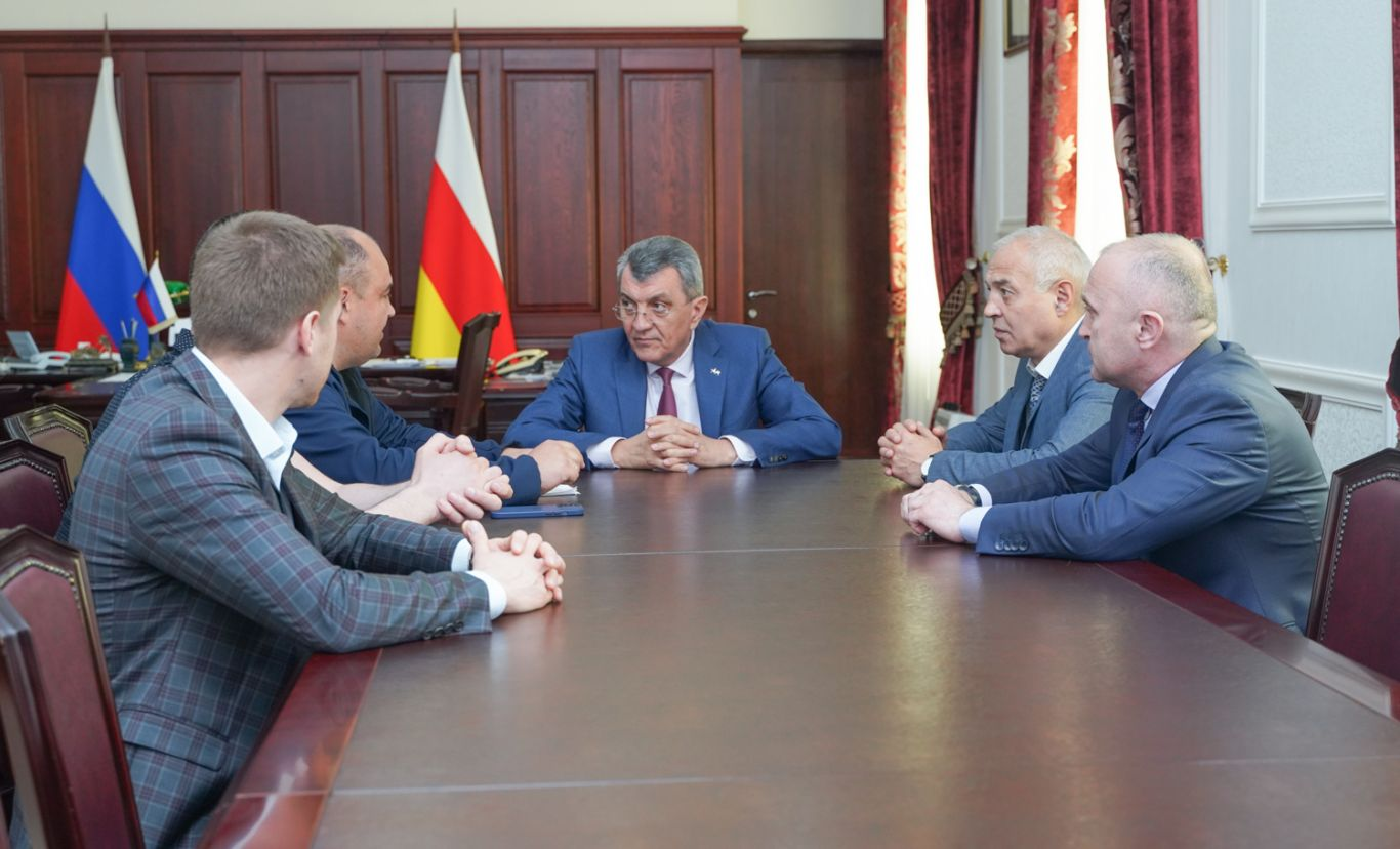 Сергей Меняйло встретился с представителями Минтранса России и ФГКУ «Росгранстрой»