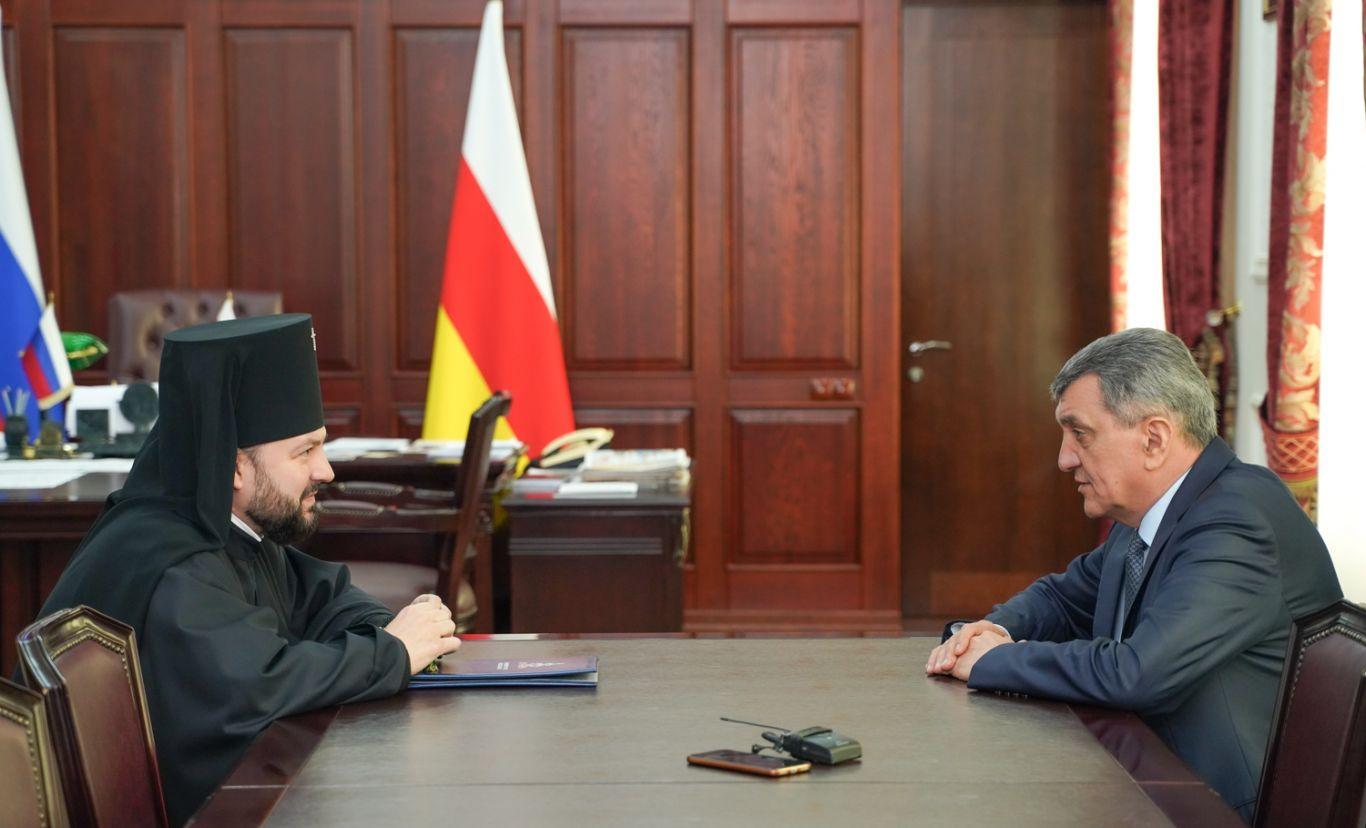 Сергей Меняйло встретился с архиепископом Владикавказским и Аланским Леонидом