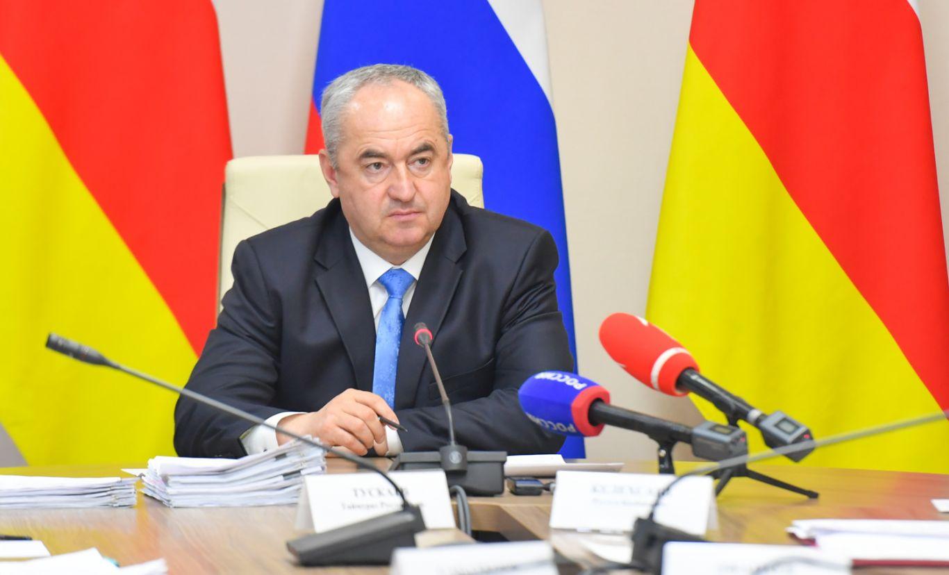 Таймураз Тускаев провел очередное заседание правительства