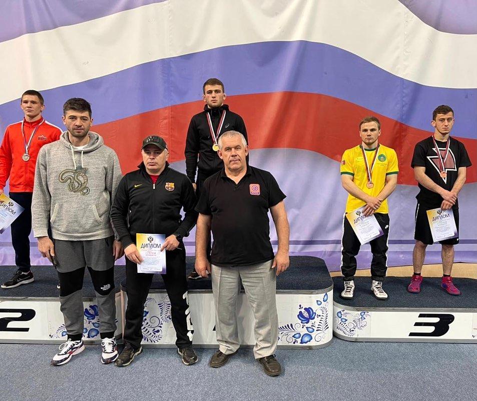 Борец Георгий Тибилов выиграл чемпионат России среди студентов