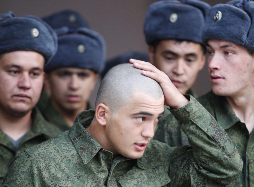 Более 120 новобранцев весеннего призыва отправлено в воинские части ЮВО из Северной Осетии