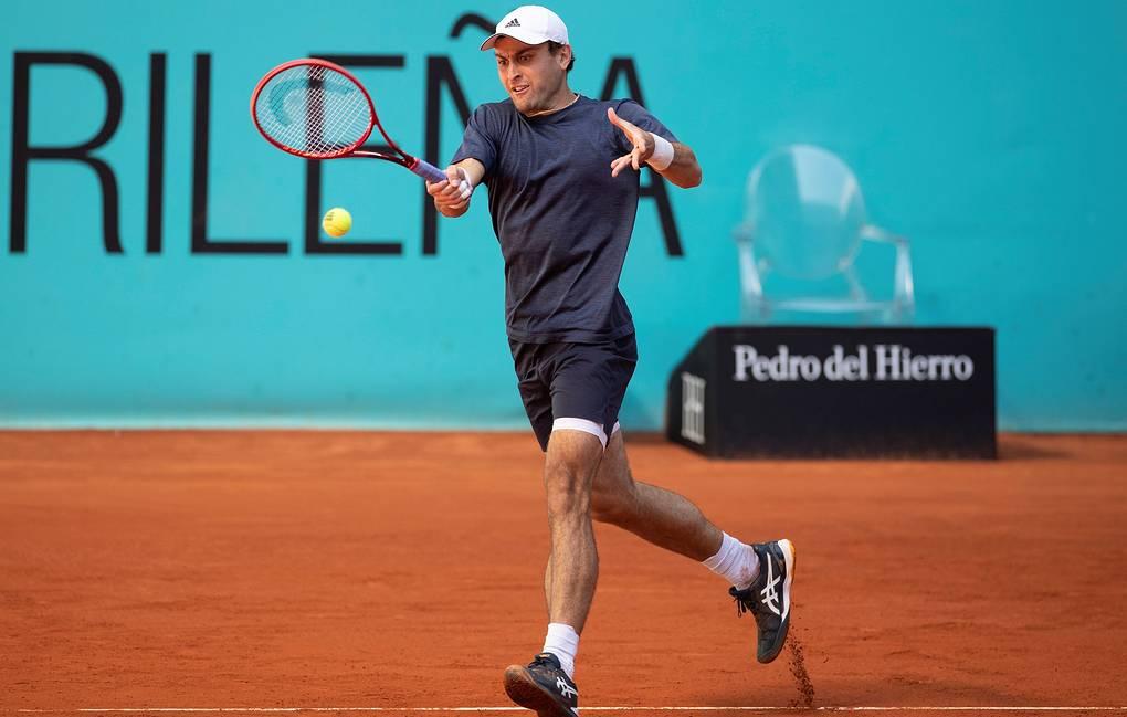 Карацев проиграл Опелке в третьем круге теннисного турнира серии «Мастерс» в Риме