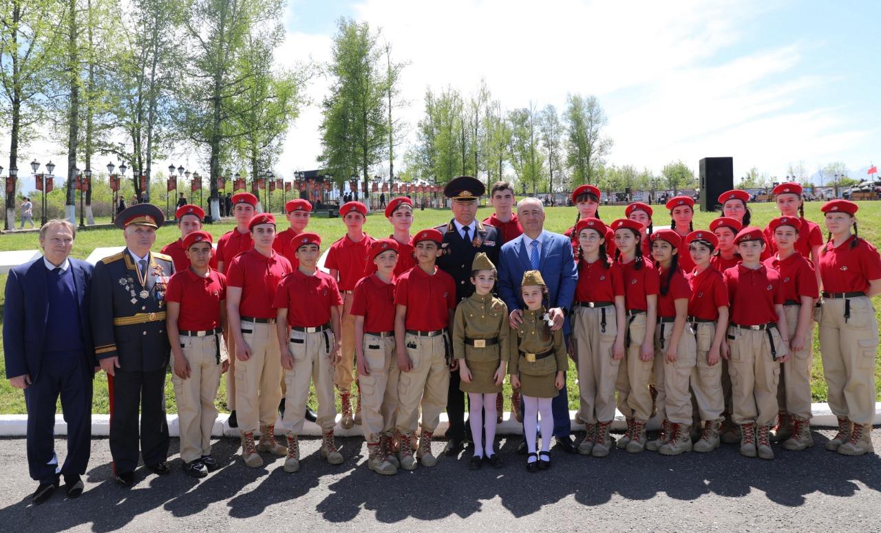 На военно-историческом комплексе «Барбашово поле» прошли торжества, посвященные 76-й годовщине победы в ВОВ