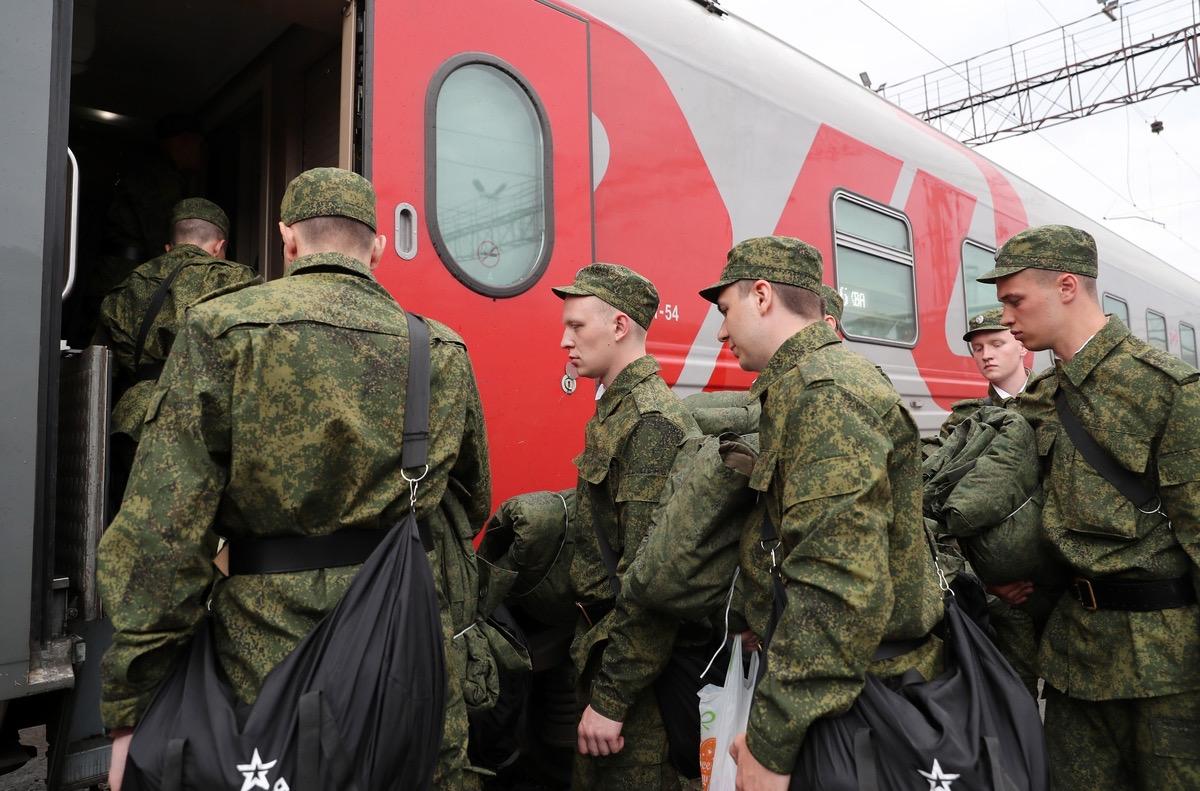 В воинские части ЮВО из Северной Осетии направлены более 200 новобранцев