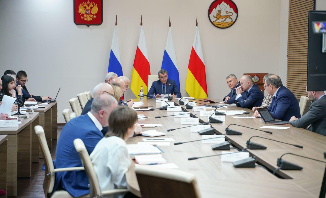 Сергей Меняйло поручил минтрансу подготовить предложения по организации пассажирских перевозок