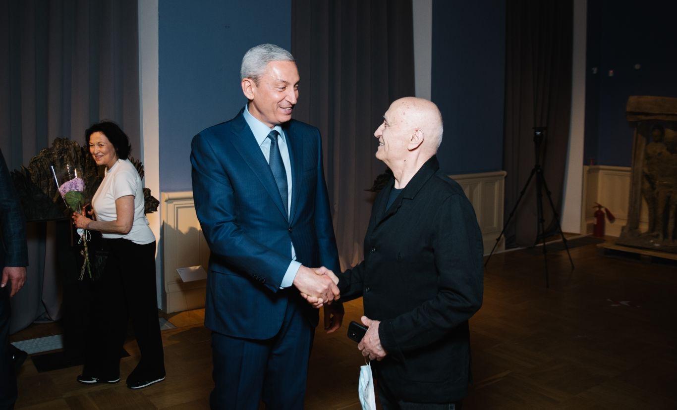 Борис Джанаев принял участие в открытии выставки Владимира Соскиева в Москве